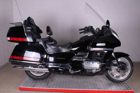 Honda GL 1500 Gold Wing в Москве