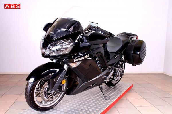 Kawasaki GTR 1400 Concours 14