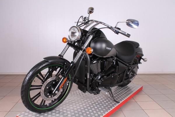 Kawasaki VN 900 C Vulcan Custom